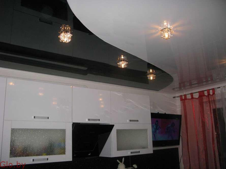 Установка натяжных потолков на кухню