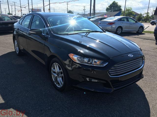Автомобиль Ford Fusion
