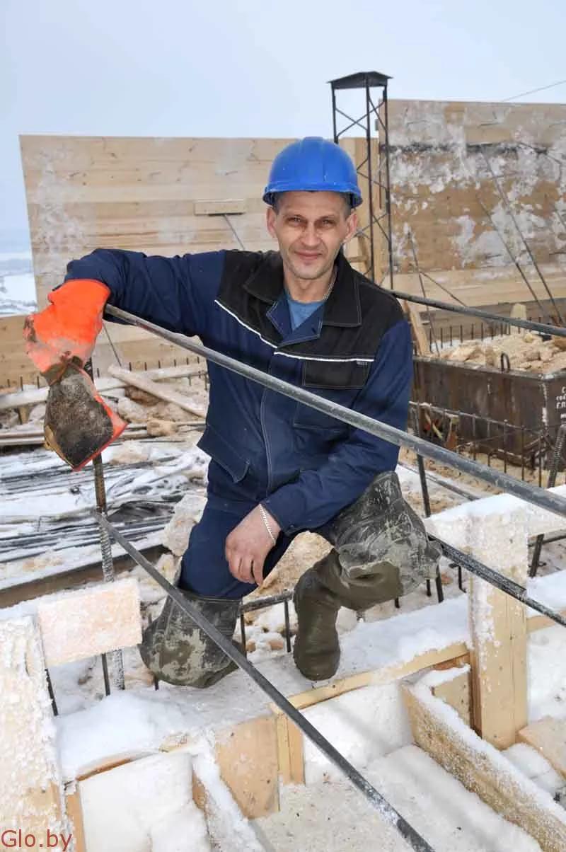Требуется плотник-бетонщик