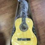 Недорогая классическая гитара