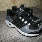 Кроссовки Adidas. Новые.