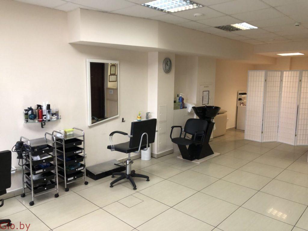 Обустроенная студия красоты (салон, парикмахерская) с большим опытом работы
