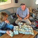 Мы предлагаем все виды займов нуждающимся. Whatsapp ons +27744180604