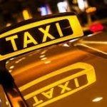 Водитель такси на личном автомобиле