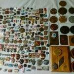 Значки и настольные медали для себя в коллекцию куплю дорого