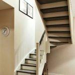 Лестница дубовая под заказ Производим высококачественные дубовые лестницы по выгодной цене.