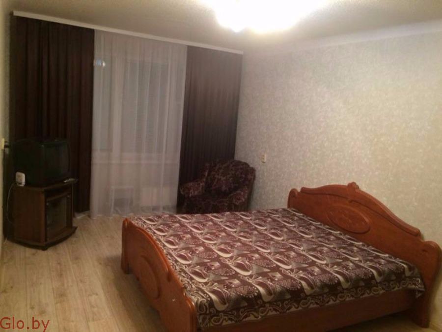 На Сутки и Часы Квартира в Минске рядом жд.вокзал по ул Короткевича.