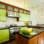 Кухня Олива- красивая, комфортная, новая, стильная,удобная